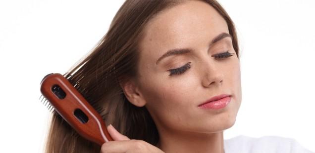 【気になること】抜け毛が最も多い時期って、いつか知ってますか?