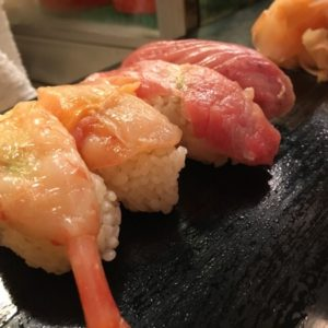神保町での昼ランチはカウンターの寿司屋さん『六法すし』でキメる