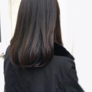 【髪色】ダークグレージュカラーはブリーチなしでアッシュを重ねてつくる