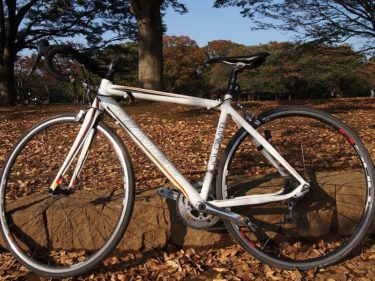 【拡散希望】新年早々、ロードバイクが盗難されてつらい