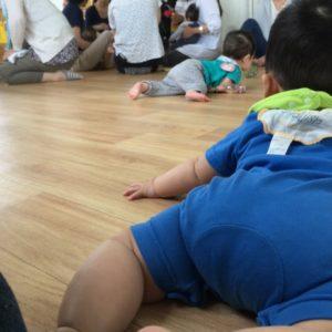父親が「子育て教室」に初めて参加したら、まさかの展開が待ち受けていた
